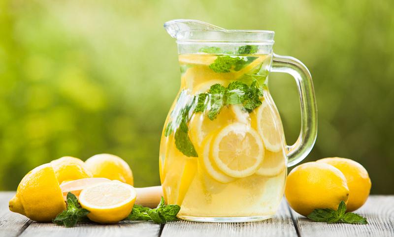 homemade-lemonade-800.jpg